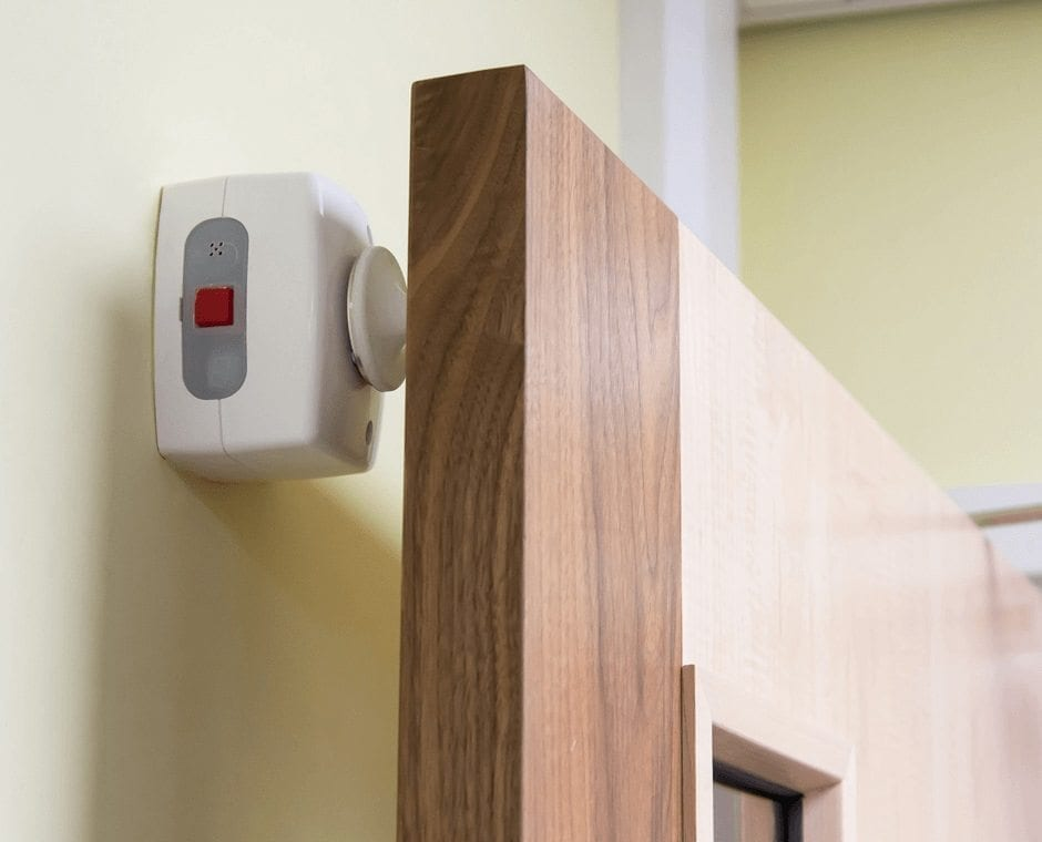 Agrippa-Fire-door-holder_White